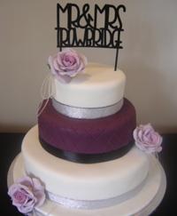 Glamorous Wedding cake.